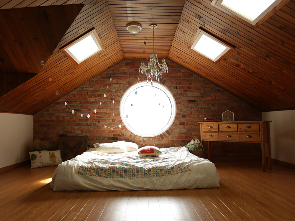 With Loft Conversion in London being one of the most popular home improvements available, and with Brookcraft Construction looking after your extension project, you will be in safe and professional hands.